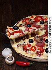 熔化, 薄片, 乳酪, 舉起, 熱, 比薩餅