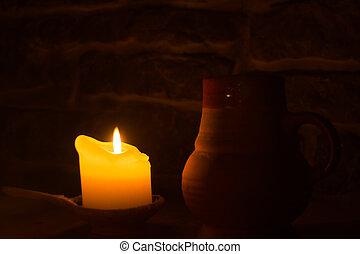 燃焼, 粘土, 大袈裟な表情をしなさい, 白熱, 炎, dark., ろうそく, テーブル。