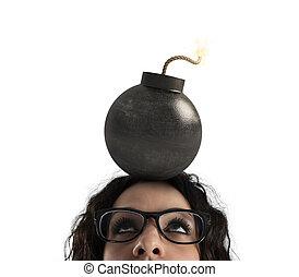 爆弾, 気絶させられた, 女性実業家, 上に, 隔離された, 背景, head., 白, 強い, 頭痛