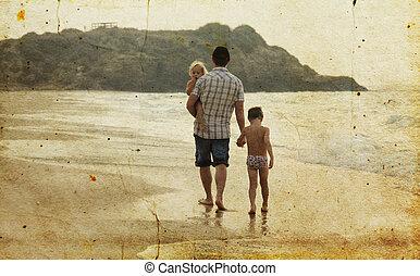父親, 由于, 二, 孩子, 在休假, 在, sea., 相片, 在, 老, 圖像, style.