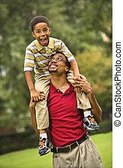 父 と 息子, 結び付き