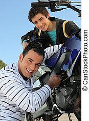 父, モーターバイク, 息子
