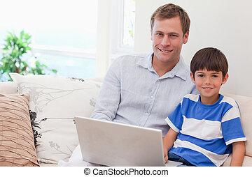 父, 一緒に, 息子, コンピュータゲーム, 遊び