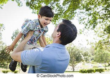 父, 公園, 一緒にプレーする, 息子