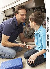 父, 息子, 助力, 流し, 修理しなさい, 台所