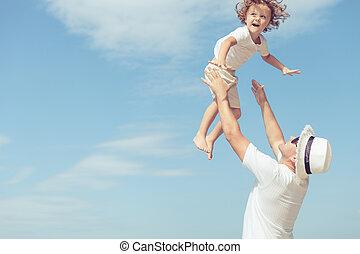 父, 日, time., 息子, 浜, 遊び