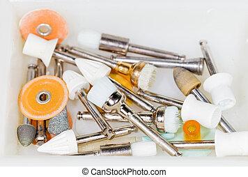 牙齒的工具