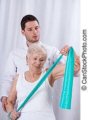 物理療法家, 患者, 運動, 年配