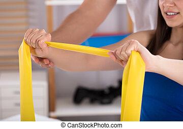 物理療法家, 援助, 女, 間, 練習