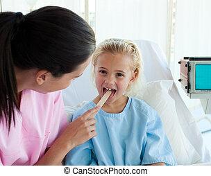 特寫鏡頭, ......的, a, 醫生, 檢查, patient\'s, 咽喉