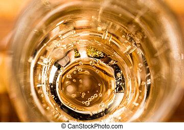 特寫鏡頭, 香檳酒
