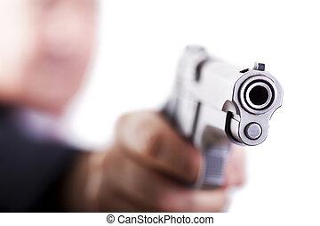 狙いを定める, 銃