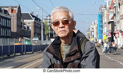 獨奏, 運輸, 電車, 等待, 拿, 阿姆斯特丹, 年長者, 亞洲人, 旅行, 人
