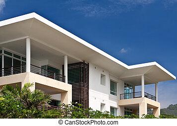 现代, 房子, 在上, a, 背景, 在中, 蓝的天空