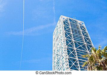 現代, タワー, 建物, 下に, 青い空