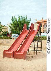 現代, 子供, 運動場スライド, 中に, 都市, park.