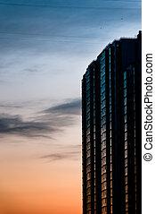 現代, 超高層ビル, ∥において∥, たそがれ