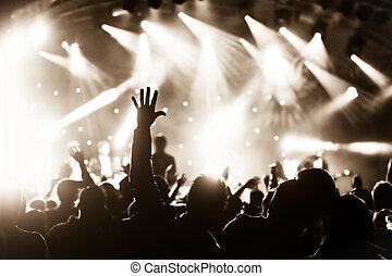 生きているコンサート
