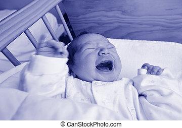 生まれたての赤ん坊, 叫ぶこと