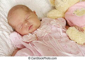 生まれたての赤ん坊, 女の子