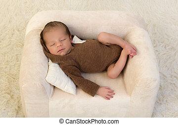 生まれたての赤ん坊, 弛緩, 肘掛け椅子