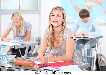 生徒, クラスで
