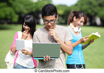 生徒, コンピュータを使って, 大学, 幸せ