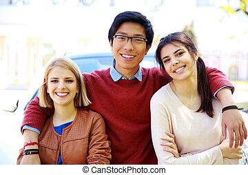 生徒, 幸せ, グループ, 屋外で