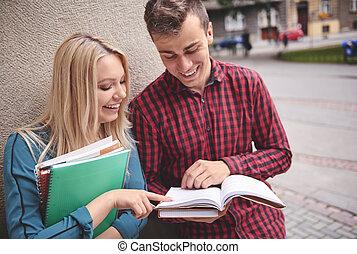 生徒, 持つこと, a, 会話, 屋外で