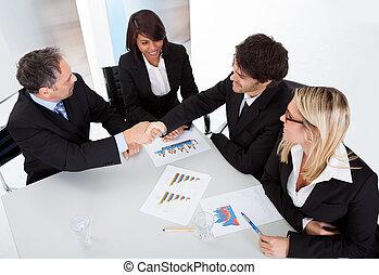 生意人的組, 在, the, 會議