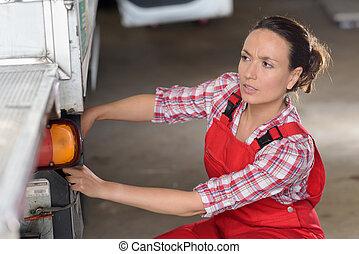 産業, 女性, 仕事, ガレージの機械工, 車