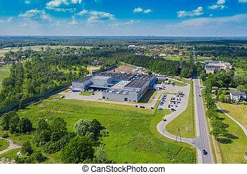 産業, center., 商品, warehouse., ロジスティックである, 積載区域, above., トラック, 無人機, 航空写真, 中心, ロジスティクス, 都市眺め