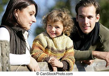 田舎, 若い 家族