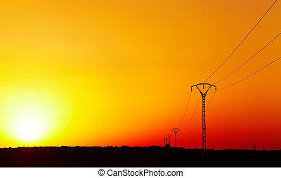 电力, 线, 对, 色彩丰富, 天空, 在, 日落