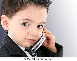 男の子の 子供, 携帯電話