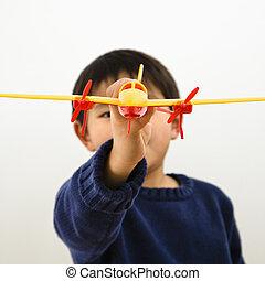 男の子, おもちゃの飛行機
