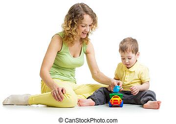 男の子, おもちゃ, 一緒に, 母, 遊び, 子供