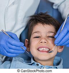 男の子, わずかしか, レギュラー, 歯科 検査