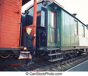 男の子, わずかしか, 列車, レトロ, スーツケース