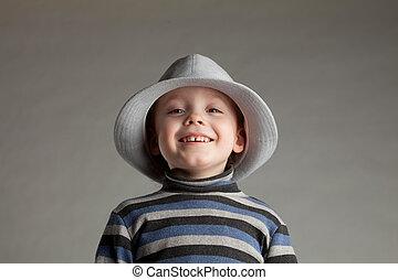 男の子, わずかしか, 帽子