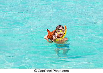 男の子, わずかしか, 星, fish, 熱帯 浜, 遊び