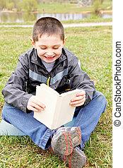 男の子, わずかしか, 読む本, 面白い