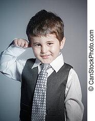 男の子, わずかしか, 面白い, 服を着せられる, 顔, brown-haired, ビジネスマン, スーツ, タイ, 表現