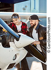 男の子, トラブルシューテ-ィング, 若い, ねじ回し, 飛行機, プライヤー, プロペラ, 作成, 人