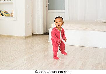 男の子, フルである, 混ぜられた, 長さ, レース, 肖像画, 赤ん坊, 家