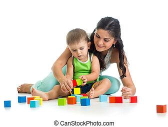 男の子, プレーしなさい, 彼の, セット, 一緒に, 建設, 母, おもちゃ, 子供