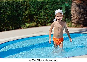 男の子, プール