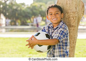 男の子, ボールパーク, レース, 保有物, 混ぜられた, サッカー
