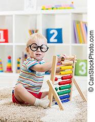 男の子, メガネ, おもちゃ, 子供, そろばん, 遊び