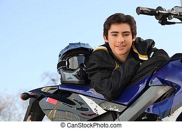 男の子, モーターバイク